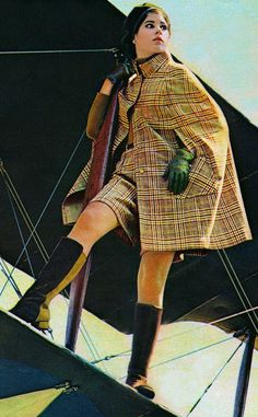 Colleen Corby for Seventeen Magazine, 1968 I have just recently discovered my love for tartan like this Sixties Fashion, 60 Fashion, Fashion History, Retro Fashion, Fashion Models, Fashion Trends, Colleen Corby, Moda Retro, Nostalgia