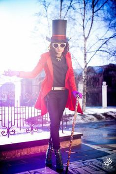 How cool is this Willy Wonka cosplay costume Halloween Make, Halloween 2017, Diy Halloween Costumes, Halloween Cosplay, Cool Costumes, Costumes For Women, Cosplay Costumes, Costume Women Diy, Amazing Costumes