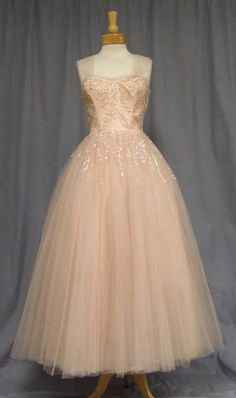 ~Pale Pink Tulle 1950s Ball Gown w/ Sequins~
