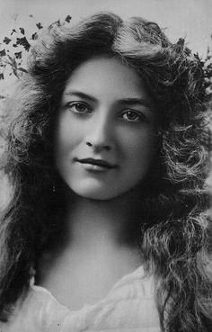 Maude Fealy - Silent Era actress