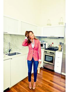 fitted blazer / skinny denim....love this and have a similar blazer but it's too dang hot here for it :(