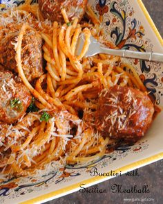 Bucatini with Sicilian Meatballs - Garlic Girl - Bucatini (spaghetti with holes in center) with Sicilian Meatballs - Tomato Sauce For Meatballs, Easy Tomato Sauce, Spaghetti And Meatballs, Pot Pasta, Pasta Dishes, Pasta Sauces, Pasta Recipes, Cooking Recipes, Gourmet