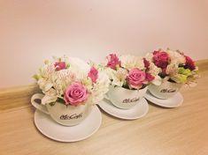 Teacups arrangements Teacups, Flower Arrangements, Flowers, Wedding, Shoes, Fashion, Mariage, Moda, Shoes Outlet