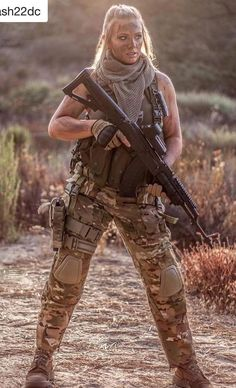 5 Facts You Didn't Know About Women in the Military Military girl – Beautiful Girls & Guns Shooting Guns, Shooting Photo, Airsoft Girls, Mädchen In Uniform, Female Soldier, Army Soldier, Military Girl, Warrior Girl, Military Women