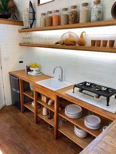 Kitchen Interior, Kitchen Decor, Kitchen Ideas, Kitchen Cart, Apartment Kitchen, Open Kitchen, Scandinavian Style Home, Tiny House Design, Cuisines Design