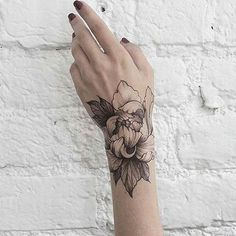 Amazing Rose Tattoo Tag your bestfriend!