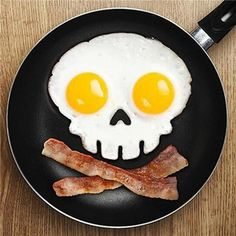 Skuleer£¨TM)Cooking tools Silicone egg mold skull eggs mold fried egg mold styling tools kitchen gadgets bluesky -- To view further for this item, visit the image link. (This is an affiliate link) No Egg Pancakes, Breakfast Pancakes, Funny Breakfast, Second Breakfast, Silicone Egg Mold, Silicone Rubber, Creative Kitchen, Diy Kitchen, Design Kitchen