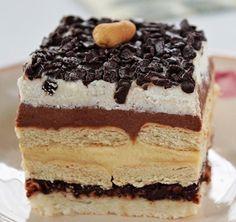 A Kinder Bueno népszerű édesség. Sütemény formájában otthon is elkészíthetitek. Mogyoró önmagában és nutella formájában is szerepel benne. Ez a finom krémes édesség elég tömény, egy szelet már igazi élvezetet nyújt. No Bake Desserts, Delicious Desserts, Dessert Recipes, Yummy Food, German Cakes Recipes, Hungarian Recipes, Cupcakes, Cupcake Cakes, Sweet Cookies