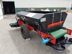 Black Diamond Spreader  Patent nom: 2016/06509 Bank and Surface spreader , fully hydrolic adjustable conveyers and spinners (no chains) Table farms and Citrus and wine farms .Gps 15110433_640776742714248_7259120391682042050_o.jpg (1440×1080)