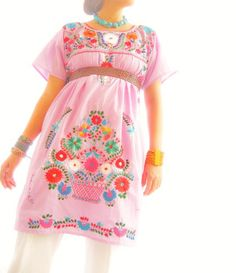 vestidos: Vestidos Mexicanos. (Mexico)