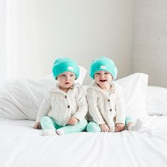 We're seeing double the cuteness! But not double the trouble or work thanks to the HUSH Hat! 👼🏻👼🏻 • • • • #hushhat #baby #newborn #mom #mommy #mommytobe #mommyandme #mother #motherhood #parenting #fussy #crying #happy #playtime #nap #naptime #errands #musthave #babyitem #twins #babies #instababies #instamoment