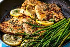 Lemon-Garlic Mahi-Mahi with Pan Seared Asparagus – *delicious* - Fish Recipes Seafood Dishes, Seafood Recipes, Keto Recipes, Dinner Recipes, Cooking Recipes, Healthy Recipes, Grilled Fish Recipes, Dutch Recipes, Grilling Recipes