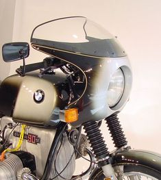 I've been looking on-line for pictures of cafe-racer restorations, typically those for BMW models. When I started, I thought I would follow an R90-S style. Here are some pictures of what I ha…