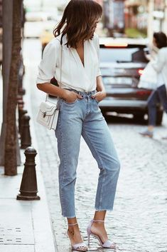 183f077866c 18 High Waisted Jeans And How To Wear Them