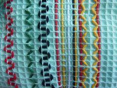 Textile Fabrics, Friendship Bracelets, Embroidery, Crafting, Straight Stitch, Needlepoint, Crafts To Make, Crafts, Handarbeit