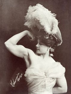 Laverie Vallee 'Charmion'. Trapeze artist and Strongwoman - 1897