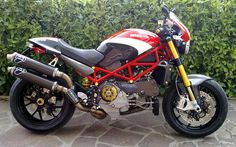 "Airbrush Mau Design: Ducati Monster S4RS ""Special Edition"" Been in love with Monsters since the first."