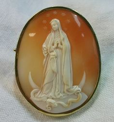 Rarest Cameo of The Immaculate Conception.  Cornelian Shell Cameo In 14k Gold Frame, Italy,  c. 1850