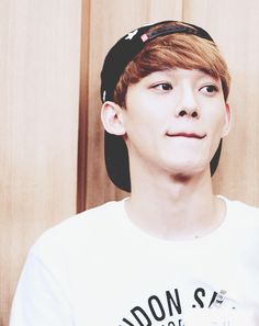 Look at his :3 shape lips... Super Cute!! >_< #EXO #Chen