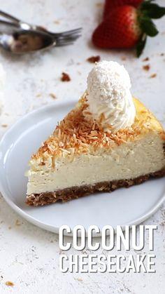 This coconut cheesecake is very easy to make! you need just 9 ingredients and 15 minutes of hands on preparation time coconut cheesecake baking desserts easterrecipes hindistan cevizli erbetli tatl nefis yemek tarifleri Kokos Desserts, No Bake Desserts, Healthy Desserts, Easy Desserts, Delicious Desserts, Baking Desserts, Dessert Recipes, Cheesecake Desserts, Coconut Desserts