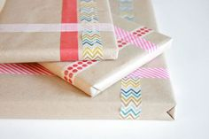 Wrapping with washi tape | Dream Green DIY