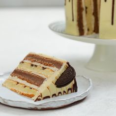 Brookie-Spiral-Kuchen - Cake My Day - Torten Cake Recipes, Snack Recipes, Dessert Recipes, Food Cakes, Cupcake Cakes, Cupcakes, Snickers Torte, Indian Cake, Delicious Desserts