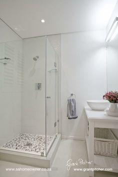 Photos by Grant Pitcher Alcove, Bathroom Ideas, Bathtub, Design Ideas, Space, Photos, Standing Bath, Floor Space, Bathtubs