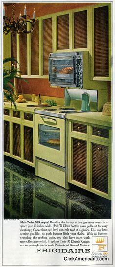Ideas For Kitchen Retro Green Mid Century Love Vintage, Vintage Ads, Vintage Pink, Best Kitchen Colors, Green Cabinets, Vintage Interior Design, Vintage Kitchen, Kitchen Retro, Kitchen Decor Themes