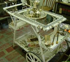have this in my greenhouse Vintage Patio, Vintage Home Decor, Vintage Tea, Shabby Chic Art, Shabby Chic Cottage, Antique Tea Cart, Tea Trolley, Tea Party, Party Fun