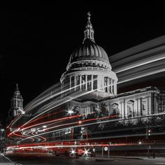 11pm - 'Light Trails at St Pauls', by Teodoro Duran. | 24-Hour London Seen In 24 Striking Photos