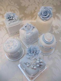 , Source by pavladenkscherz ,, Mini Wedding Cakes, Wedding Sweets, Wedding Cupcakes, Beautiful Wedding Cakes, Beautiful Cakes, Amazing Cakes, Fancy Cakes, Mini Cakes, Tea Cakes