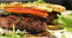 Treat the family to this recipe for Lamb Sliders Ingredients lamb mince 4 cloves garlic – crush, peel and chop finely salad leaves 2 tomatoes – slice finely … Healthy Family Meals, Healthy Snacks, Healthy Eating, Lamb Recipes, Cooking Recipes, Slider Recipes, Low Carb Diet, Food Dishes