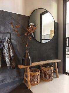 Living Room Decor, Bedroom Decor, Decor Room, Flur Design, Black And White Living Room, Hallway Designs, Hallway Ideas, House Rooms, Home Decor Inspiration