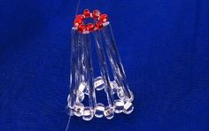 Time for bells. Simple and charming bell that anyone can do . On the line threaded tube, red bead, tube, and 2 crystal beads, crucif. Beaded Christmas Ornaments, Christmas Bells, Diy Christmas Gifts, Holiday Decor, Christmas Things, Xmas Crafts, Crafts For Kids, Safety Pin Crafts, Crystal Beads