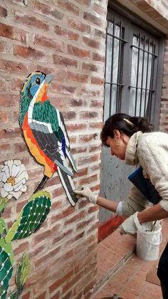 Mosaic Tile Table, Mosaic Tray, Mosaic Glass, Mosaic Crafts, Mosaic Projects, Stained Glass Projects, Mosaic Animals, Mosaic Birds, Mosaic Artwork
