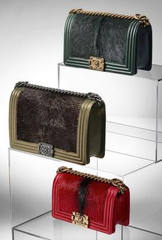 Chanel metallized calf hair leather handbags I love these Bella Donna's Luxury Designs Chanel Resort, Chanel Cruise, Chanel Fashion, Fashion Bags, Women's Fashion, Sac Boy, Chanel Boy Bag, Chanel Bags, Chanel Chanel