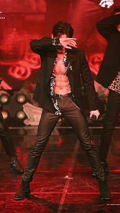 Seungwoo victon abs produce x 101 Victon Kpop, Kpop Guys, Body Inspiration, Asian Boys, Ulzzang Girl, Hot Boys, Handsome Boys, Boyfriend Material, K Idols