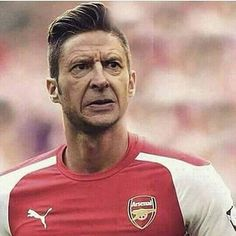 Breaking news : Arsenal to sign unknown South American striker Arsenio Wenguárez on A 24 year deal this summer. Arsenal News, Arsenal Fc, Arsenal Jersey, 24 Years, Great Team, Sport Man, Old Boys, Football Soccer, Legends
