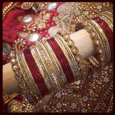 Make your own bangles set to match your outfit! On the spot! www.banglez.com Indian Wedding Jewelry, Wedding Jewelry Sets, Bridal Jewelry, Gold Jewelry, Bangle Set, Bangle Bracelets, Bridal Chuda, Bridal Bangles, Imitation Jewelry