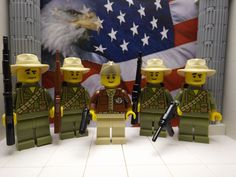 5x LEGO WWII American Glider Group (Far-East) with M3, M1 Carbines & Springfield