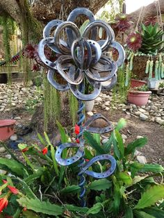 Horse shoe flower by MartisMetalCreations on Etsy