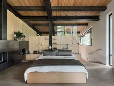 Bancroft residence, California by Jack Hawkins Architects | Master bedroom