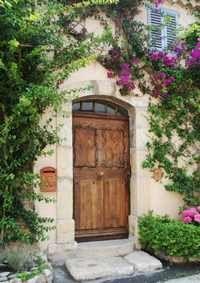 I love doors - they speak of promise