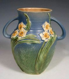 ◭ Penchant for Pottery ◮ Roseville Pottery - Experimental - Jonquil Weller Pottery, Roseville Pottery, Mccoy Pottery, Pottery Vase, Ceramic Pottery, Painted Pottery, Glass Ceramic, Ceramic Decor, Ceramic Art