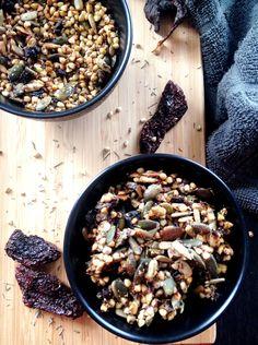Laissez vous tenter par ma recette de Muesli salé aux saveurs provençales! Vegan, paleo et sans gluten.