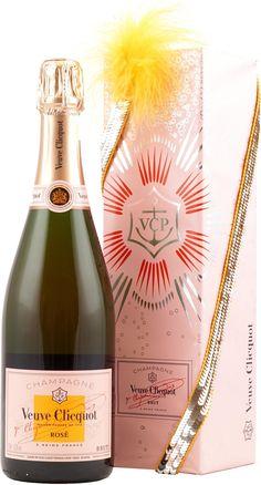 Veuve Clicquot Rose Cabaret Collection mit Liter und 12 % Vol. Pinot Noir, Cabaret, Veuve Cliquot, Wine Packaging, Liqueurs, Prosecco, Wine Cellar, Bubbles, Drinks