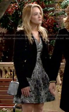 Summer's black and white printed v-neck dress on The Young and the Restless.  Outfit Details: http://wornontv.net/52186/ #TheYoungandtheRestless