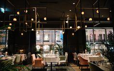 10 excellent restaurants in Vienna, from traditional taverns to modern hotspots Vienna Restaurant, Vienna Food, Dinner Places, Wiener Schnitzel, Top Place, Top Restaurants, Restaurant Interior Design, Gourmet Recipes, Places To Go