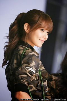 Are you looking for a great Spring Hairstyles for your hair with lovely bangs? You should give an eye to the collection where we have got some lovely and adorable looks only for you. Spring Hairstyles, Hairstyles With Bangs, Sooyoung Snsd, Girl's Generation, How To Style Bangs, Asian Celebrities, My Hairstyle, Korean Girl, Kpop Girls