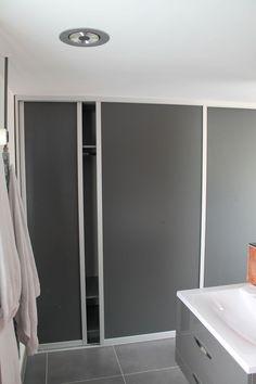 Home - Schuifwanden Bathroom Lighting, Bathtub, Mirror, Furniture, Home Decor, Seeds, Standing Bath, Homemade Home Decor, Bathroom Vanity Lighting